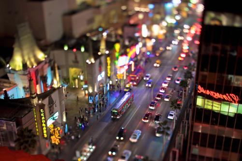piccit_hollywood_blvd_at_night_tilt_273806799